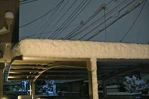 カーポートに積雪