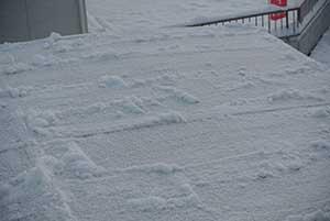 カーポートの雪降ろしはおっとせいG