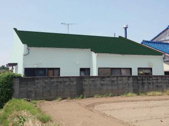 カラーシュミレーション屋根グリーン壁薄いグリーン