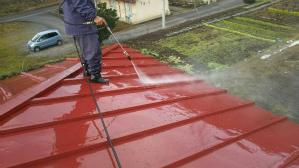 渋川市 金属製の瓦棒葺き屋根塗装工事 高圧洗浄
