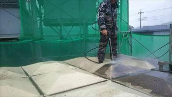 受水槽の洗浄①