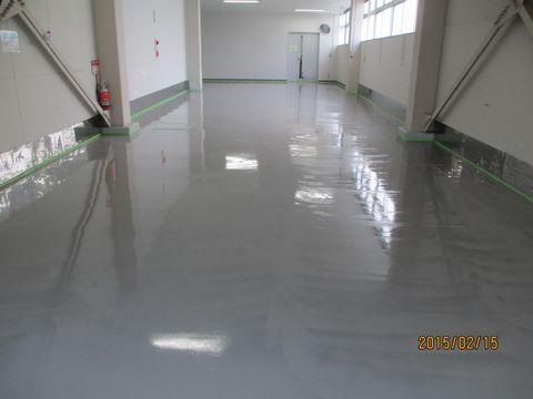 住宅塗装 アサヒペイント 塗り床 中塗り