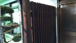 群馬県 前橋市 塗替えリフォーム 玄関木部シミ抜き