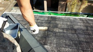群馬県 前橋市 塗り替えリホーム 屋根下塗プライマー