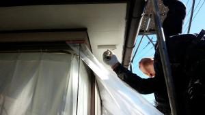 群馬 塗装 外壁 屋根 軒天塗装作業中