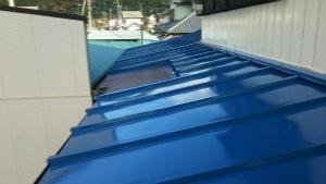 群馬 塗装 外壁 トタン屋根上塗り