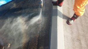 群馬県 前橋市 塗替えリフォーム 高圧洗浄中
