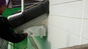群馬 塗装 外壁 屋根 破風板下塗り