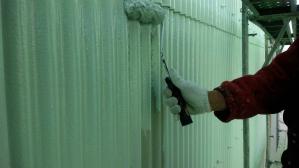 群馬県 前橋市 外壁塗装 塗装作業中