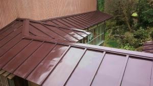 アサヒペイント 塗装 群馬 トタン屋根完成