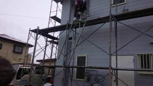 足場の解体作業中 アサヒペイント 外壁屋根塗装 群馬
