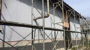 アサヒペイント 前橋 塗装前 足場組立作業