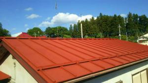 利根郡昭和村Y様邸 屋根の下塗りサビ止め完成