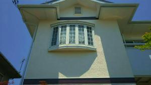 佐波郡玉村町O様邸 外壁と屋根塗装工事完成 窓アップ