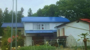 利根郡昭和村Y様邸 屋根塗装工事完成①