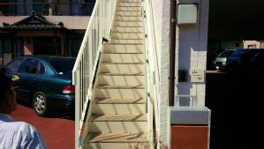 前橋三俣町Y様邸 鉄骨階段塗装前②