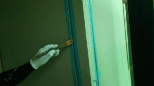 前橋市総社町K様邸 コーキングにプライマー塗布