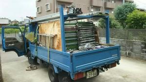 前橋市総社町K様邸 足場の資材トラック積み込み