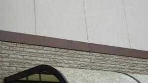 前橋市総社町K様邸 外壁塗装完成 境目アップ