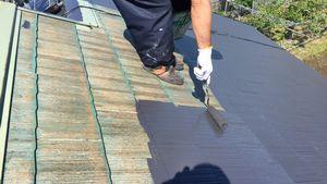 佐波郡玉村町S様邸 屋根塗装上塗り1回目ローラー