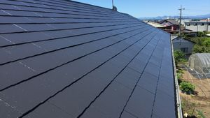 佐波郡玉村町S様邸 屋根塗装上塗り1回目完了