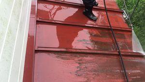 前橋市柏倉町H様邸 屋根の洗浄作業