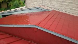 前橋市青梨町M様邸 トタン屋根塗装完成2