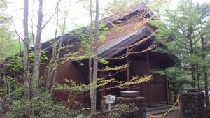 長野県軽井沢町S様邸 外壁・屋根塗装工事前②