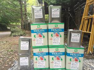 長野県軽井沢町S様邸 屋根塗装の材料②
