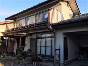 渋川市赤城町S様邸 車庫と壁塗装前②