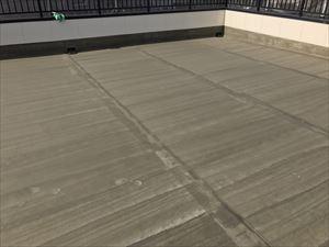 太田市飯田町商業ビル屋上屋根防水プライマー塗布完成