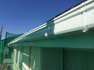 前橋市鶴ケ谷町H様邸破風板、雨樋塗装完成