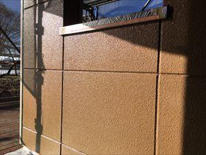 邑楽郡大泉町Aアパート様1F通路外壁下塗り完成