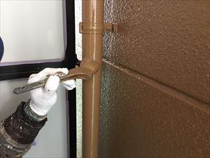 邑楽郡大泉町Aアパート様屋根ベランダ内雨どい上塗り作業