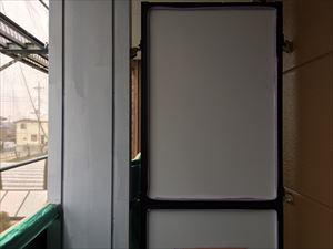 邑楽郡大泉町Aアパート様べランダ内鉄骨柱さび止め塗装