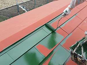 前橋市日輪寺町医療施設外壁屋根塗装上塗り
