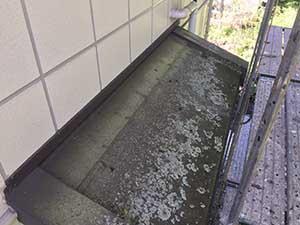 軽井沢町金属瓦塗装施工前2