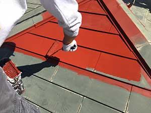 前橋市日輪寺町医療施設外壁屋根塗装下塗り