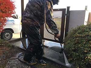 玉村町門周り洗浄作業
