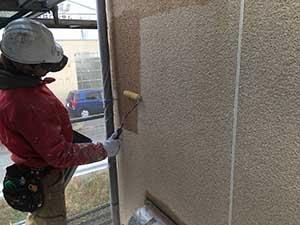 外壁の下塗りシーラー