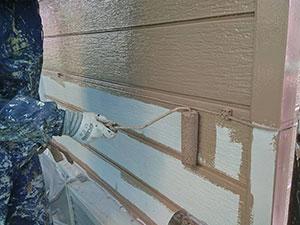 伊勢崎市 外壁塗装 中塗り
