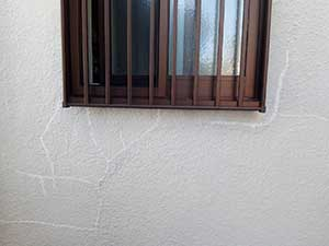 高崎市上中居町 モルタル外壁クラック