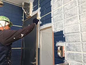 高崎市アパート 外壁下塗り
