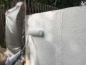 前橋市 ブロック塀塗装工事 下塗りマスチック