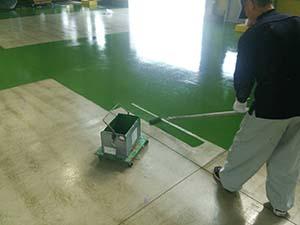 太田市 倉庫内 床塗装中塗り