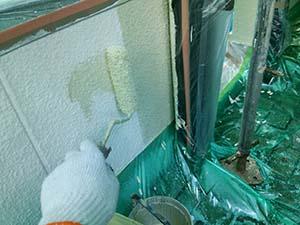 渋川市伊香保町 外壁塗装工事 外壁中塗り