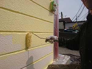 KFC 外壁中塗り
