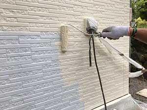 長野県東御市 別荘 外壁中塗り