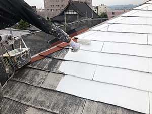 高崎市宮元町 屋根下塗り1回目アレスクールシーラー