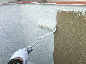 太田市 モルタル外壁塗装 外壁下塗り